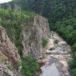 Водопады реки Милоградовка, Путешественник