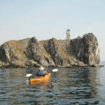 На морских Каяках вдоль побережья Янковского, Путешественник