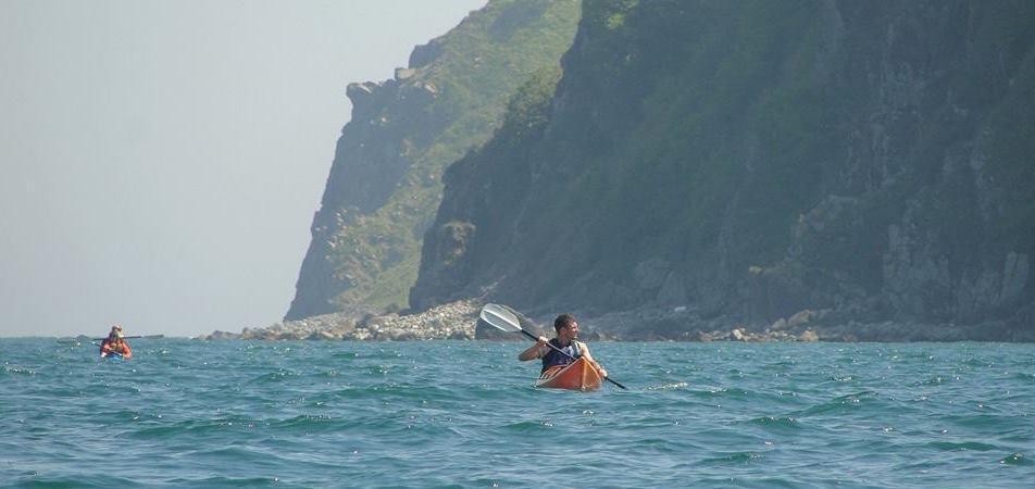 На морских Каяках  и пешком вдоль побережья Янковского (2 дня), Путешественник