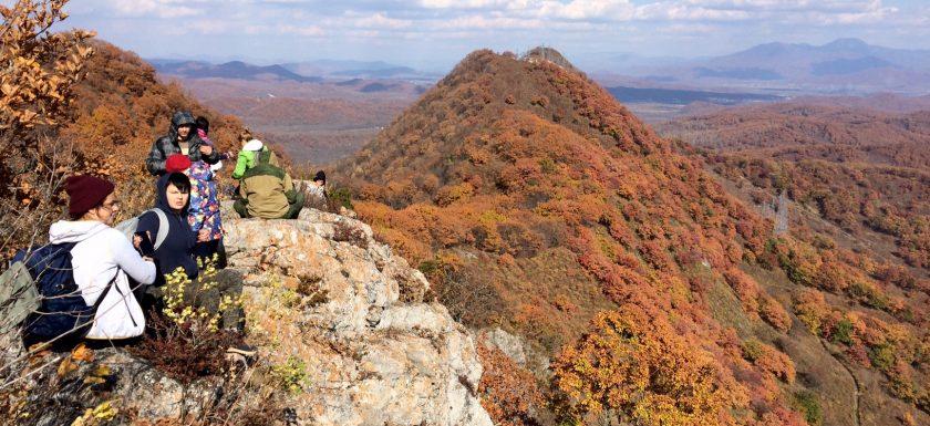 Осенние краски океана гор!, Путешественник